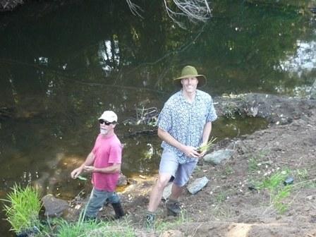 Kyogle Landcare_Fish Friendly Planting day_2013_Liz Baker