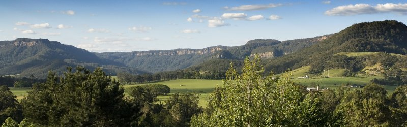 kangaroo valley.jpg