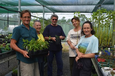 Ian Last, Wendy Plater, Pete Turland (Yuraghir Landcare), Anne Stanton, Nina Bowman
