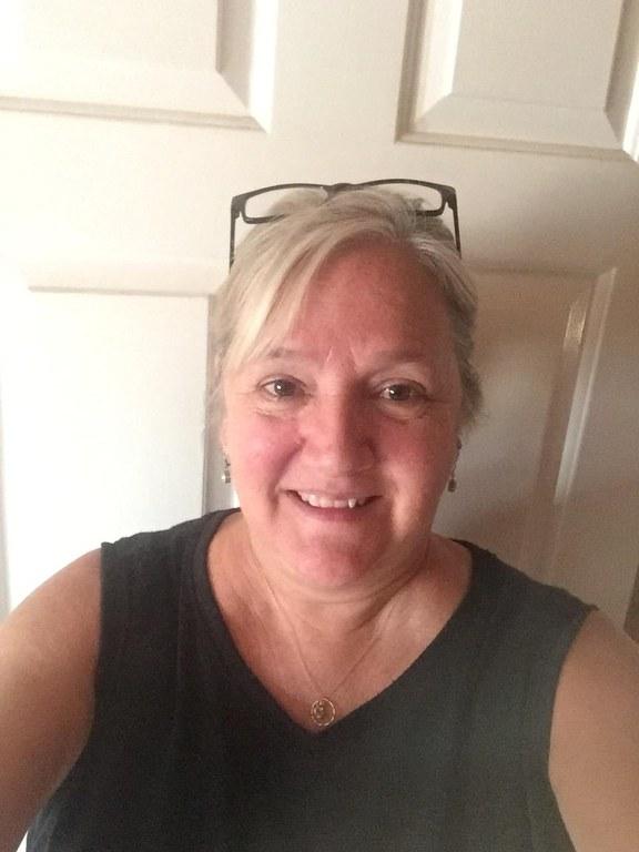 Brenda Profile photo.JPG